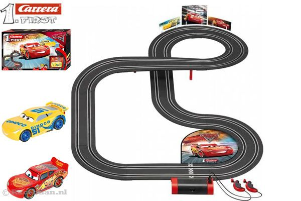 Cars 3 McQueen and Cruz van Carrera First.